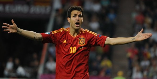 Fabregas Transfer – Manchester United in £25 million bid