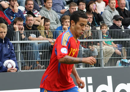 Thiago Alcantara on his way to Manchester United